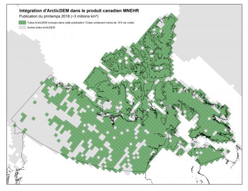 Figure 1. Intégration d'ArcticDEM dans le produit canadien MNEHR; Carte de la publication du printemps 2018. Les tuiles de couleur verte ont moins de 15% de zones sans donnée (i.e. voids) et seront incluses dans cette publication.